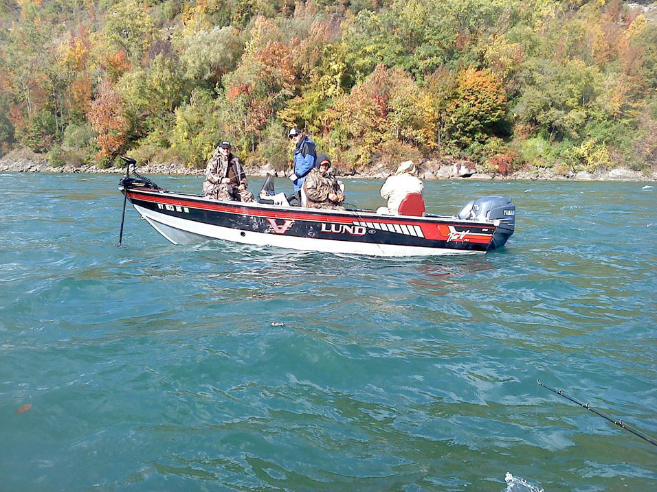 Fall River/Stream Fishing on the Lund Pro V